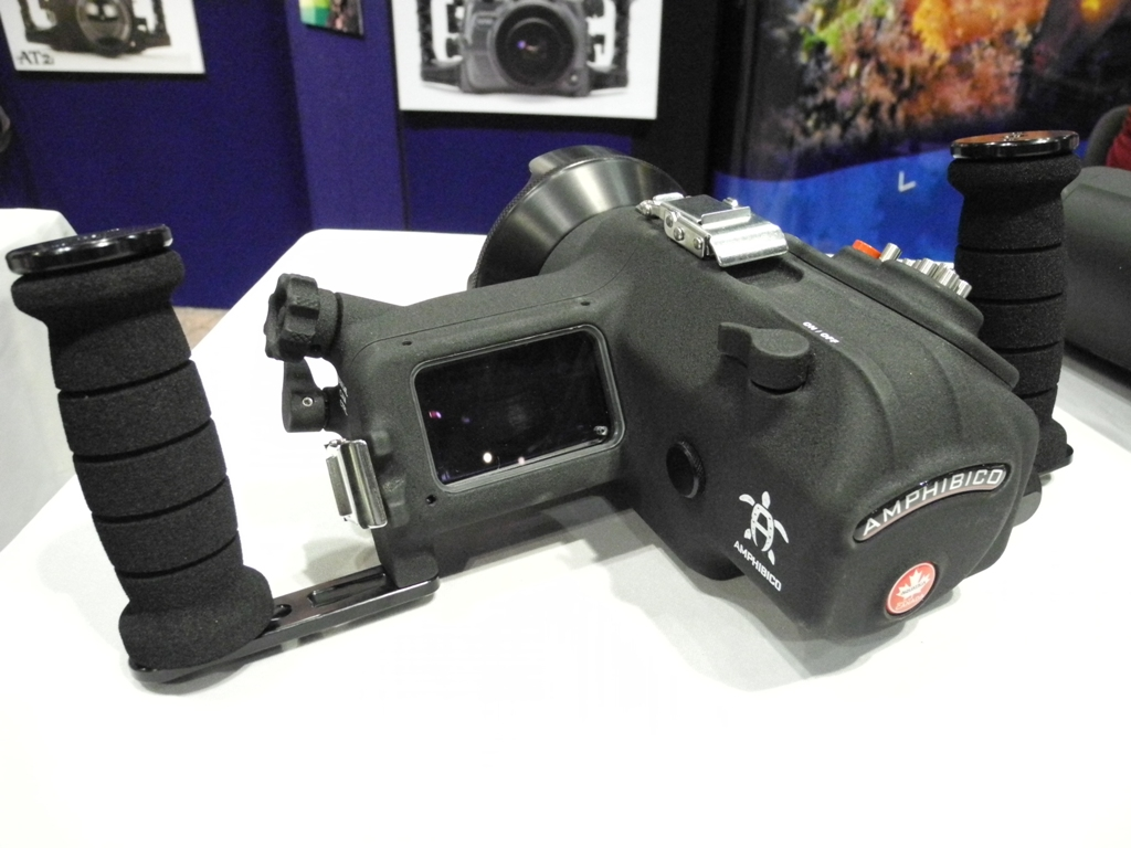 Aquatica HD Wave housing for Sony HDR-CX700 HDR-CX560