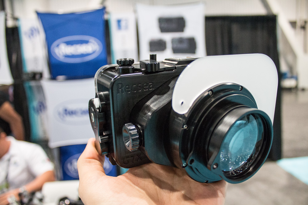 Recsea machine graded Delrin housing for the Canon G7X. Hard to believe that it's not Alumium!