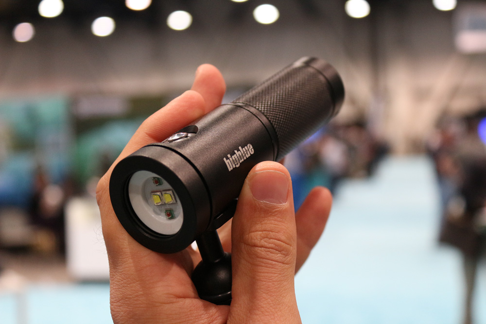 Big Blue AL1800XWP - Probably the smallest 1800 Lumen light we have ever seen