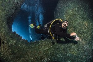 Dive Gear Guide for Underwater Photographers - BCD