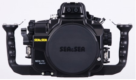 Canon EOS 7D Mark II Underwater Housing