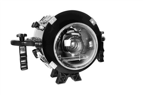 Equinox Underwater DSLR Housing for Canon 450D with a Customizable Lens Port