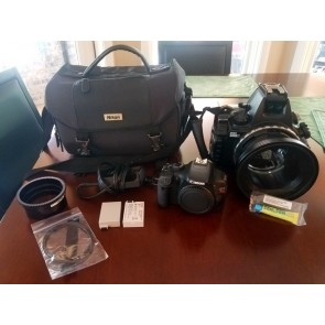 USED Canon Rebel T2i with Sea & Sea Housing Bundle