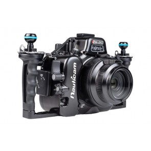 Nauticam Underwater Mirrorless Housing 17154- 01