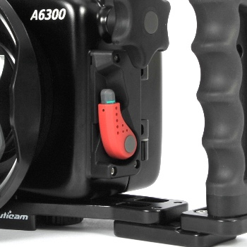 NA-A6300 port lock system